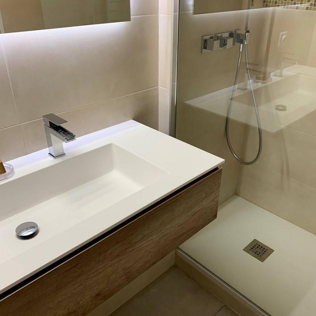 Rénovation de salle de bain complète à Lyon - Agencement ...