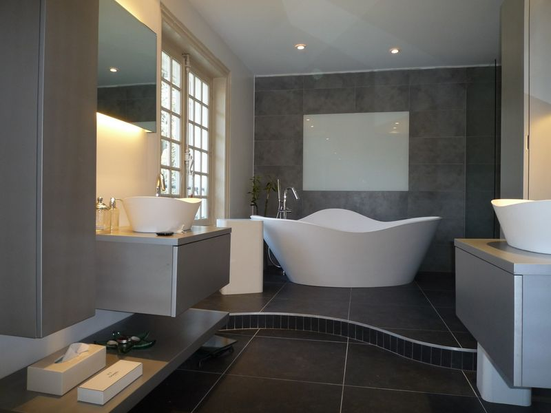 Agencement salle de bain sur mesure lyon pose de hammam - Agencement petite salle de bain ...